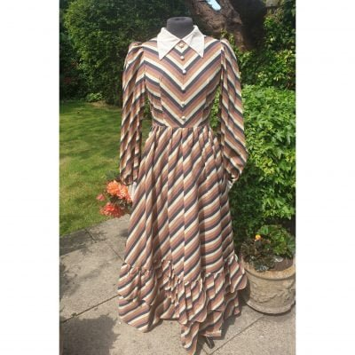 1970s Chevron print Maxi Dress