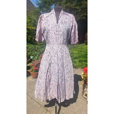 1940s Lavender & Black print St Michael's Shirtwaister Dress