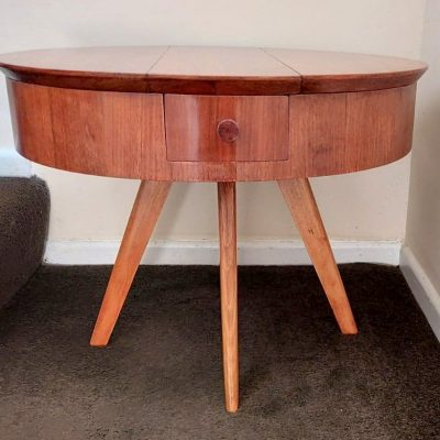 MID-CENTURY CIRCULAR TABLE/WORK/SEWING BOX