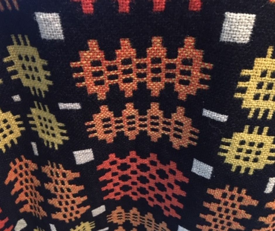Read more about the article The History of Welsh Wool Blankets and Fashion Items