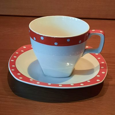 4 x Midwinter Red Domino cups and saucers