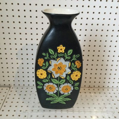 Large 1960s Brentleigh Ware Vase in the Floret design