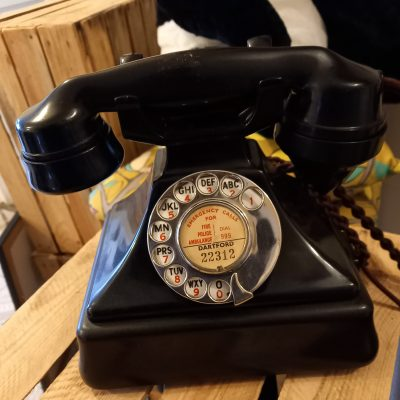 Genuine 232 Bakelite Telephone