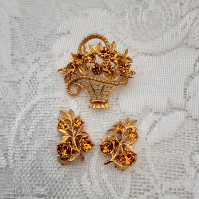 1950s Amber Topaz Coloured Faceted Stone Brooch and Earrings Set, Original Vintage, Mid Century 50s