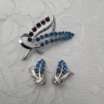 1950s Silver Tone Brooch and Earrings Set with Blue and Mulberry Coloured Rhinestones, Original Vintage Mid Century 50s