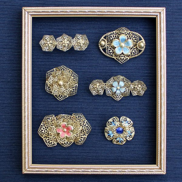1930s brooches