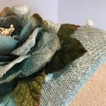 Miss Grace – Half-hat with veiling and vintage flowers
